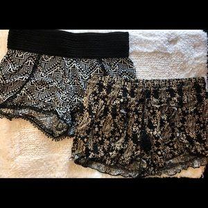 SIZE: S LOT of 2 BOHO Aztec shorts